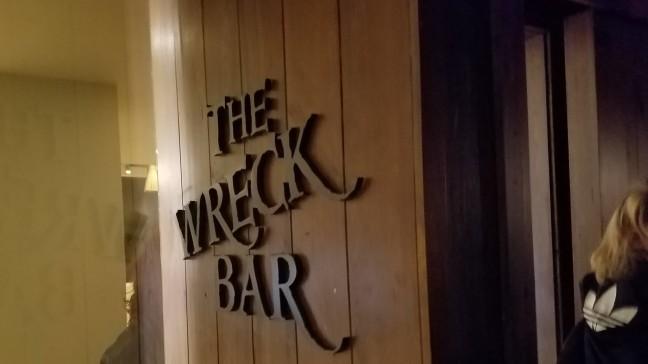 wreck-bar