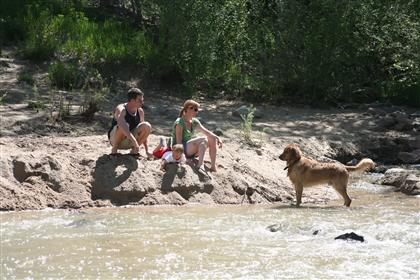 Family by the Creek_420x280_thumb